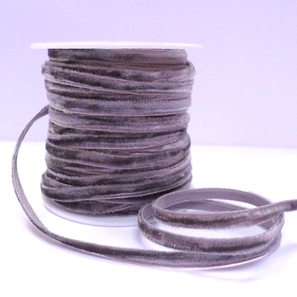5mm velvet ribbon spool :: Grey