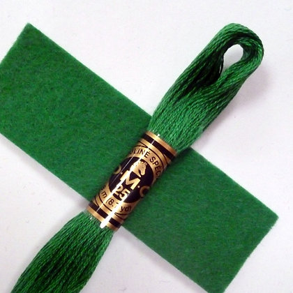 DMC Embroidery Thread :: Emerald (910)