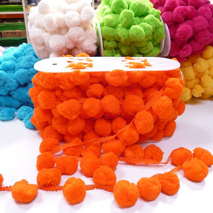 Giant Pom Pom Trim :: Orange