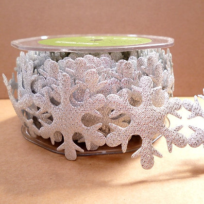 Cut Out Ribbon :: Snowflakes (by half m)