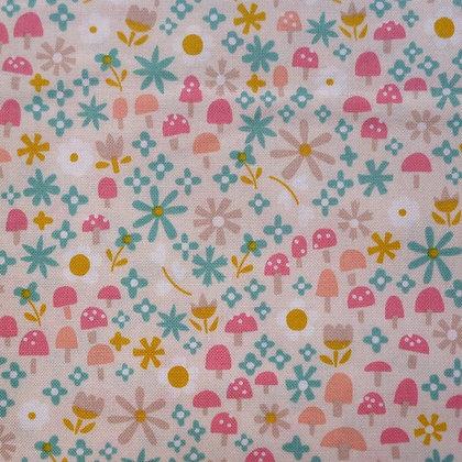 Fabric :: Goldilocks :: Cream Toadstools