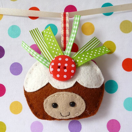 Handmade Mini Christmas Decoration :: Happy Pudding