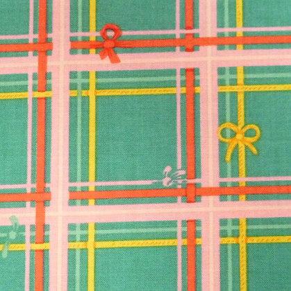 Fabric :: Sugarplum :: Tartan & Bows