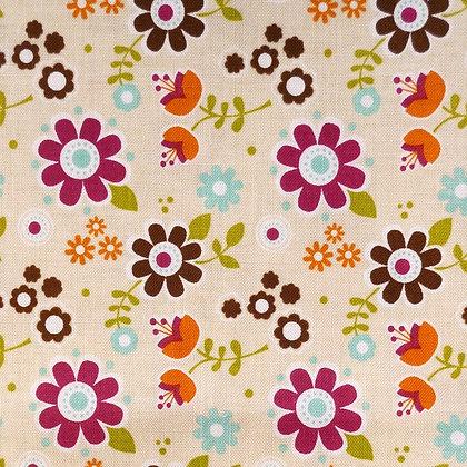 Fabric :: Matroyshka :: Cream Flower