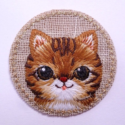 Embroidered Motif :: Cat