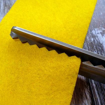 Pinking Shears :: 7mm