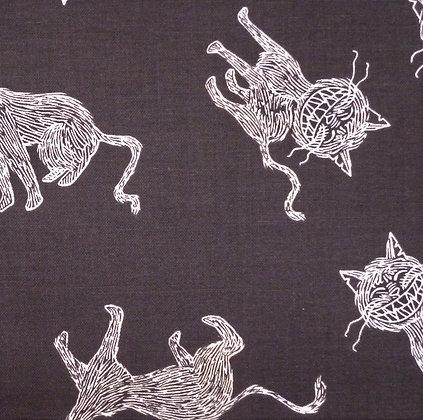 Fabric :: Scaredy Cat :: Black