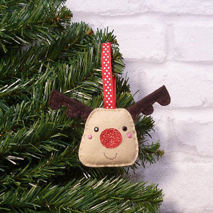 Reindeer :: Traditional Christmas :: made to order