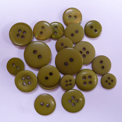 Dyed Pick & Mix Buttons :: Moss