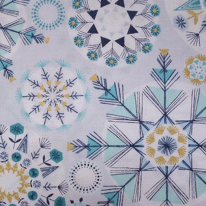 Fabric :: Skogen :: Icy Snowflake