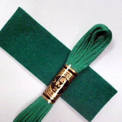 DMC Embroidery Thread :: Holly (3850)