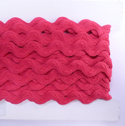 Large Size Ric Rac :: Bright Pink