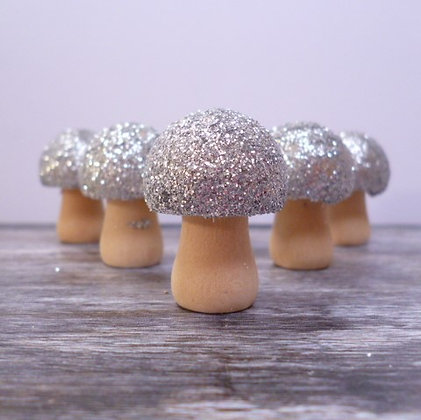 Glittery Mushrooms :: Small :: Silver x6