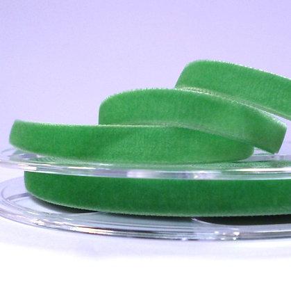 Velvet Ribbon :: Grass (9786)