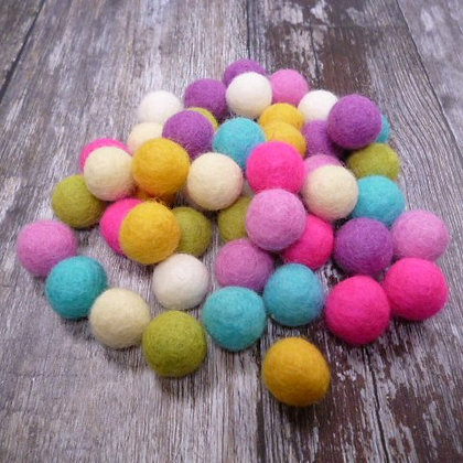 2cm Felt Ball Packs :: Summer Mix (48x 2cm balls)