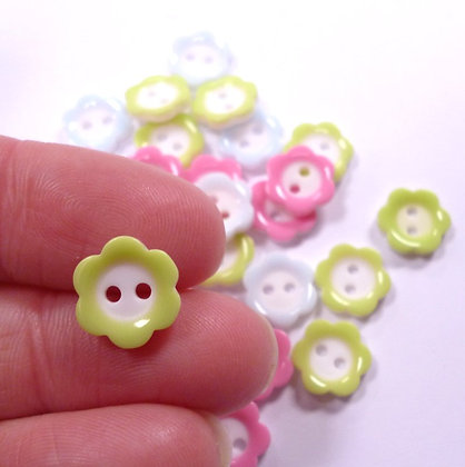White Centre Tiny Flower Button Pack :: Pastel