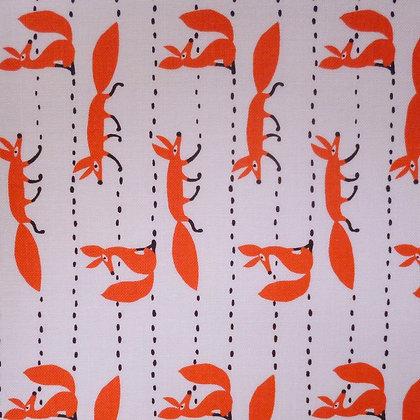Fabric :: Foxy Fellas :: Climbing White