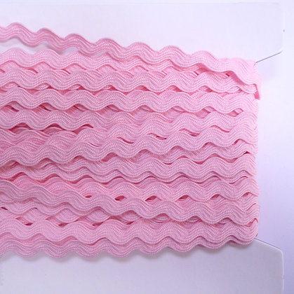 Standard Size Ric Rac :: Pale Pink