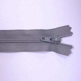 "4"" Zips :: Light Grey"