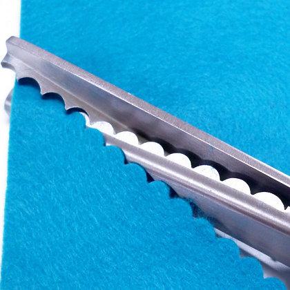 Scallop Scissors :: 7mm
