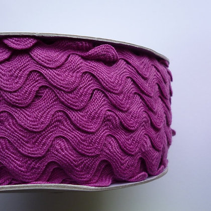 Cotton Feel Large Ric Rac ::Magenta