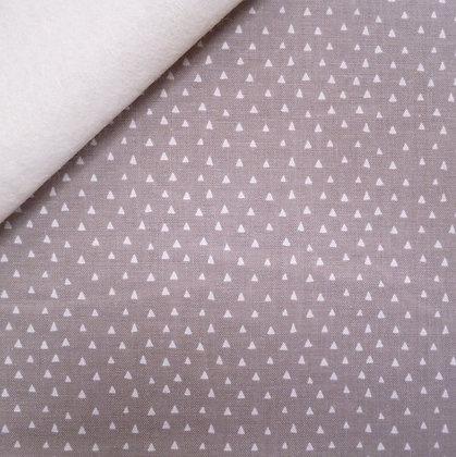 Fabric Felt :: Heart & Soul Mini Triangles :: Grey on Natural LAST FEW