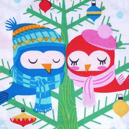 SALE Fabric :: Christmas Lovebirds