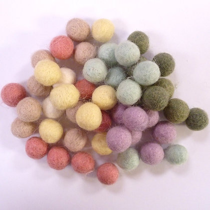 1.5cm Felt Ball Packs :: Muted Pastel (48x 1.5cm balls)
