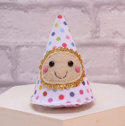Handmade :: Felt Happy :: Polka Dot