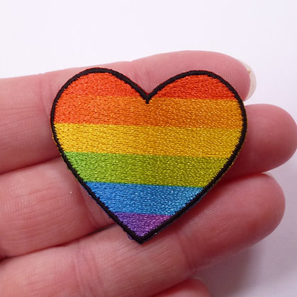 Embroidered Motif :: Rainbow Heart