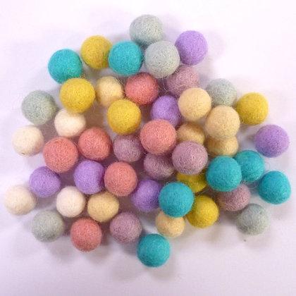 1.5cm Felt Ball Packs :: Pastel Mix (48x 1.5cm balls)