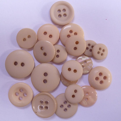 Dyed Pick & Mix Buttons :: Beige