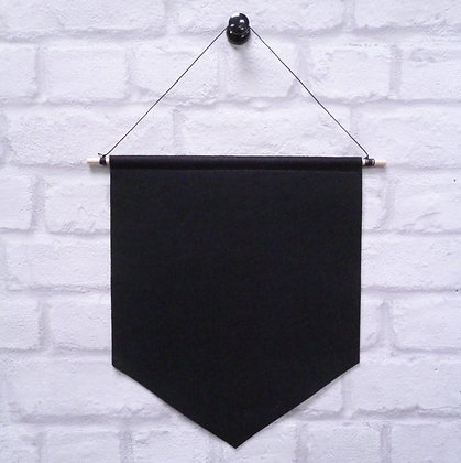 Black :: Handmade banner for you to decorate