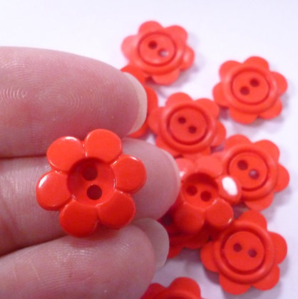 6 Petal Flower Button :: Solid Red