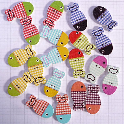Wooden Button Pack :: Gingham Fish