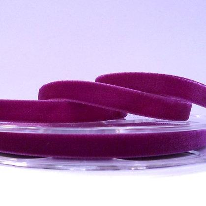 Velvet Ribbon :: Thistle (9709)