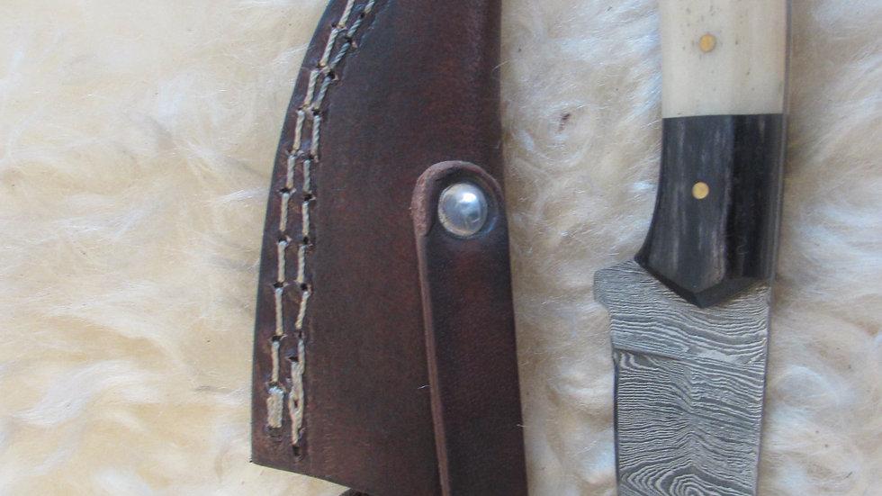 Damascus steel skinner knife (K49)