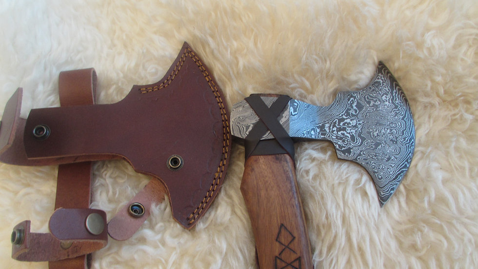 Rune handle Damascus steel axe (DM1)