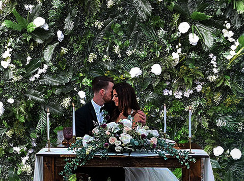 green-wedding-background.jpg