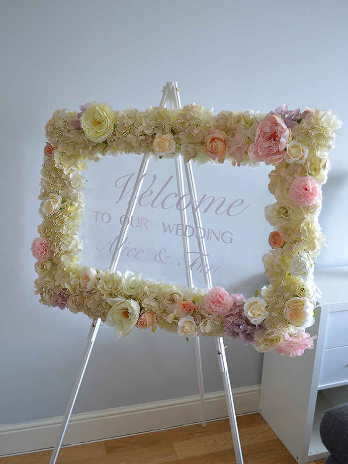 welcome floral board