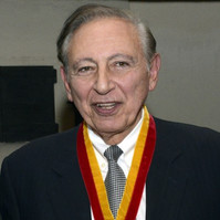 Dr. Robert Gallo