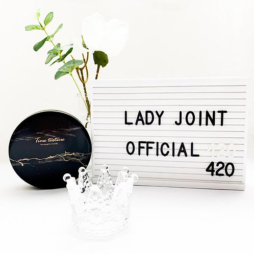 Lady Joint Ashtray - Queens only