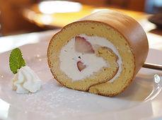 カステラ風ロールケーキ