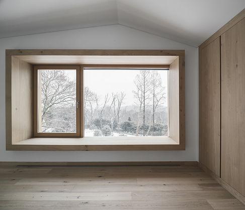 bow window e armdio in rovere naturale (