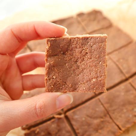 חטיפי חלבון שוקולד וחמאת בוטנים