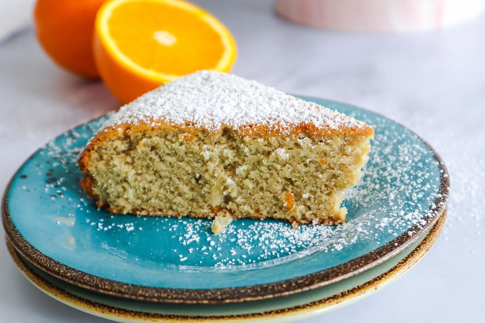 עוגת טורט תפוזים טבעונית עוגת טורט תפוזים ללא קמח ללא ביצים
