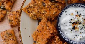 קרקרים מקמח כוסמין מלא ופיצוחים