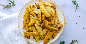 פלחי תפוחי אדמה בתנור בשום ועשבי תיבול