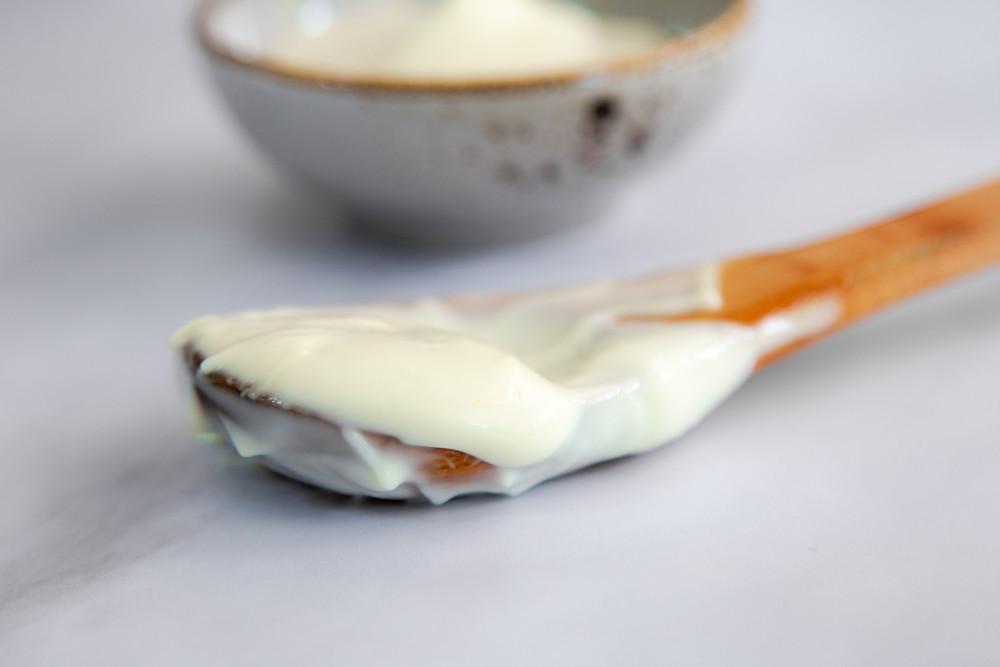 סלט קולסלאו סלט כרוב וגזר עם מיונז טבעוני איולי טבעוני איך מכינים מיונז טבעוני