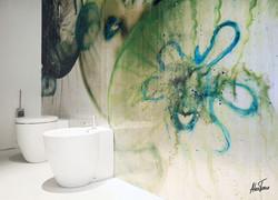 4-Bathroom wall